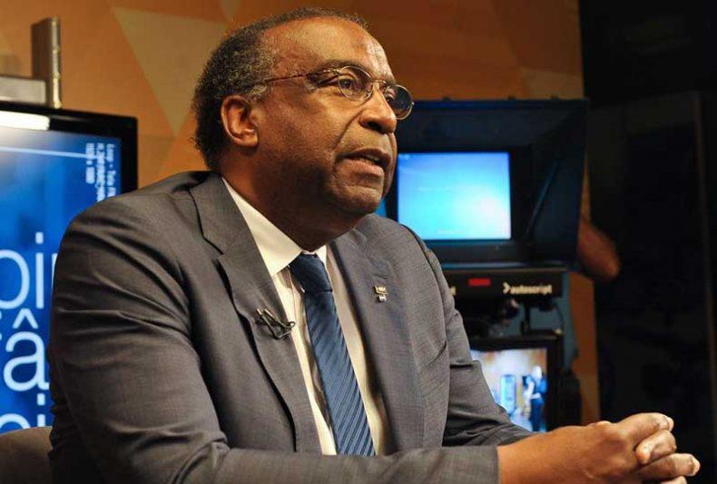 A assessoria do MEC manteve a informação de que Carlos Decotelli detém, sim, o título (Foto: Marcello Casal Jr/Agência Brasil)
