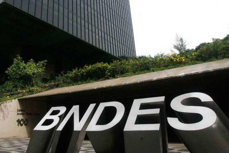 Programa que permite o uso do Fundo Garantidor para Investimentos do BNDES para a concessão de crédito (Foto: Arquivo/Agência Brasil)