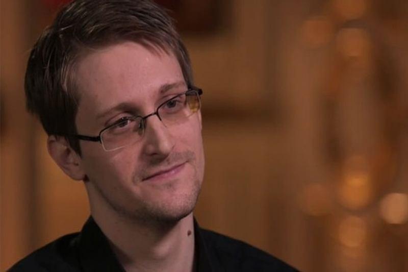 Edward Snowden, acusado pelo governo americano de vazar informações, confirma participação na CP Amazônia (Foto: Reprodução/YouTube)