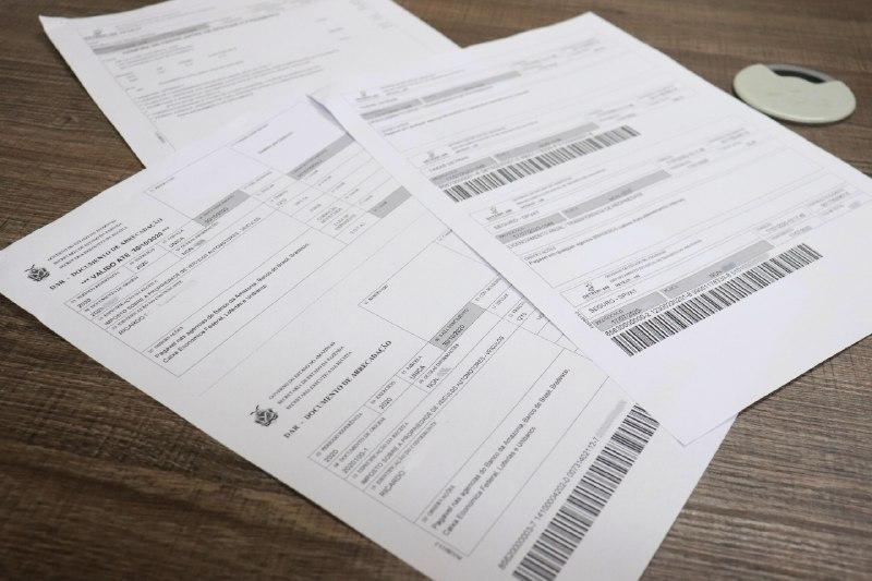 taxa de licenciamento