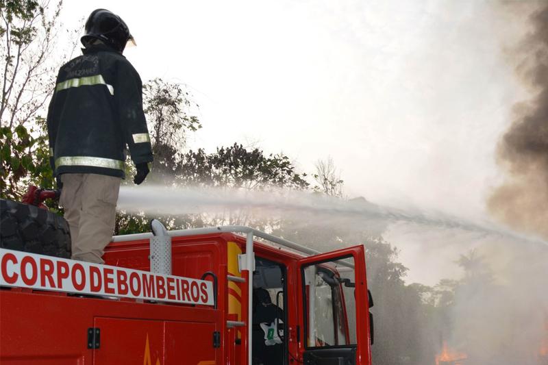corpo de bombeiros - incêndios