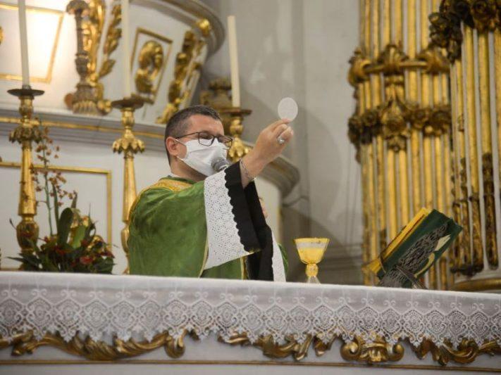 Igreja Católica Covid-19