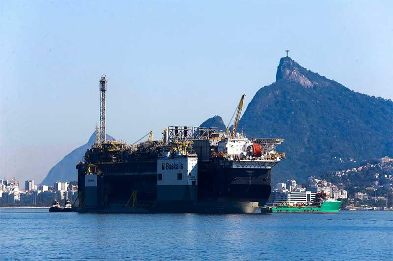 Navio petroleiro da Petrobras pré-sal Foto Tânia Rêgo-ABr
