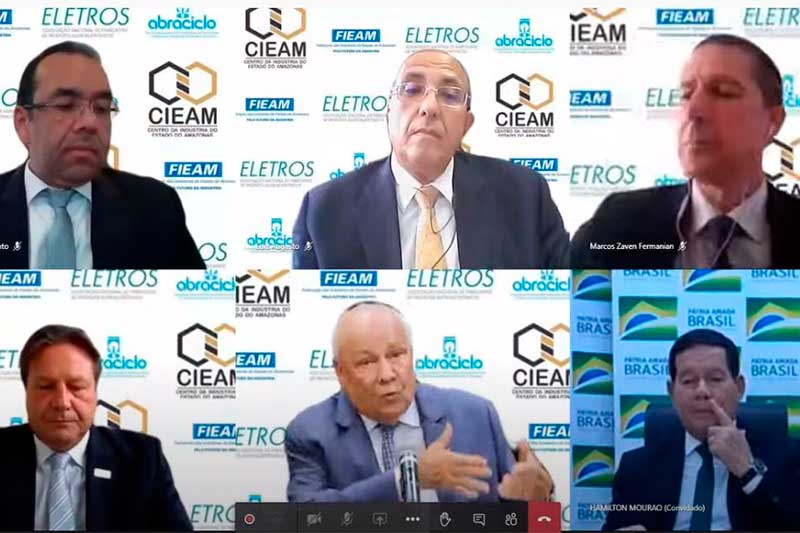 Hamilton Mourão com empresários da ZFM - Foto Fieam