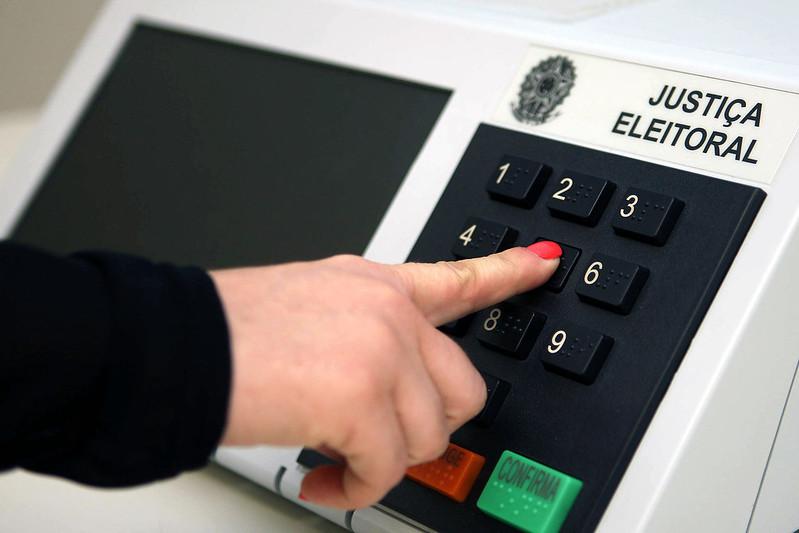 urna de votação TSE