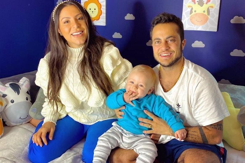 Thammy comemora Dia dos Pais ao lado do filho, Bento, e da esposa, Andressa Ferreira (Foto: Reprodução/Instagram/@thammymiranda)