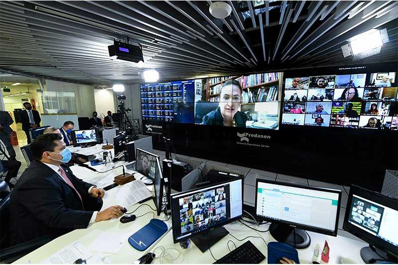 Kátia Abreu em live com Davi Alcolumbre Foto Jefferson Rudy-Agência Senado