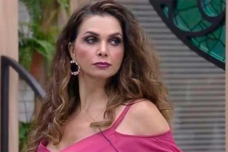 Atriz Luiza Ambiel foi eliminada de A Fazenda (Foto: Tv Record/Reprodução)