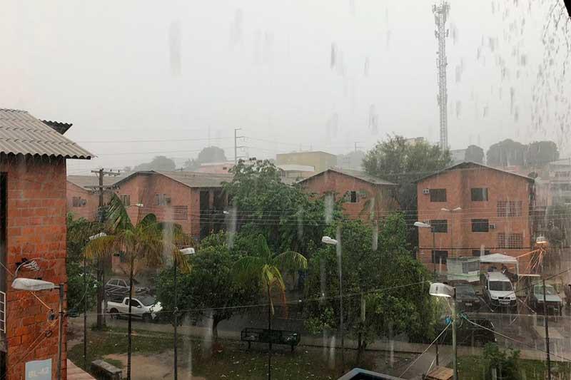 Início do período de chuva põe em alerta órgão de saúde em Manaus (Foto: Murilo Rodrigues/ATUAL)