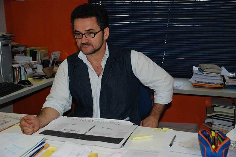 Escritor e poeta Tenório Telles (Foto: Divulgação)