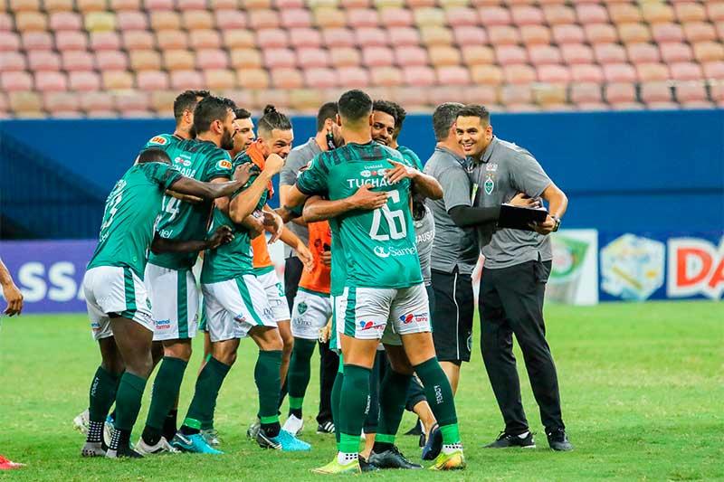 Jogadores do Manaus FC comemoram vitória Facebook/Manaus FC)