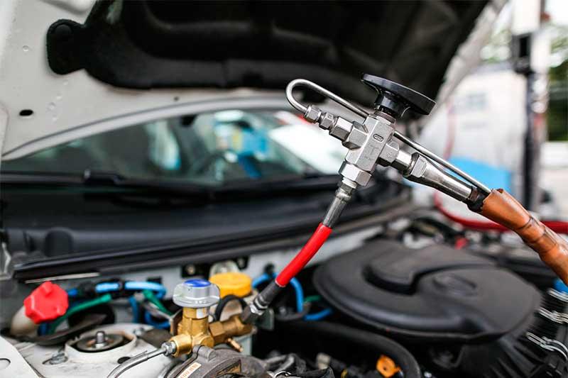 Abastecimento com gás veicular: economia (Foto: Cigás/Divulgação)