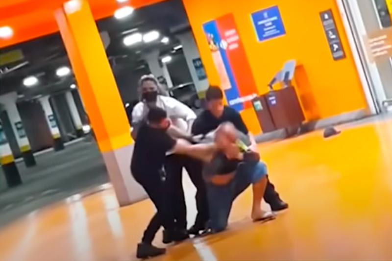 Agressão e morte no Carrefour