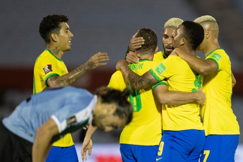 Brasil x Uruguai Eliminatórias