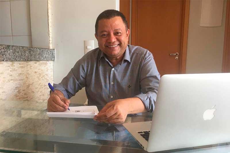Ex-juiz Márlon Reis lança obra sobre políticos corruptos (Foto: Divulgação)