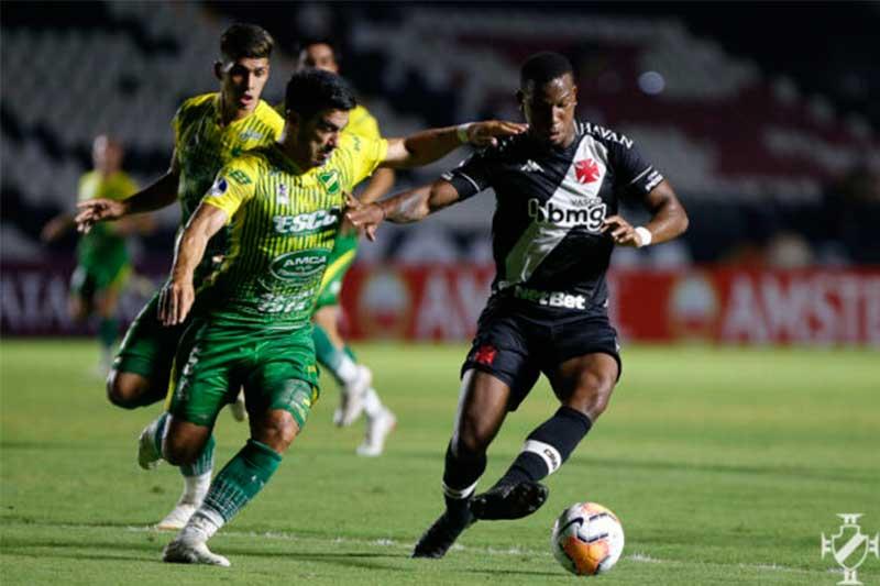 Ribamar em lance de jogo: Vasco eliminado (Foto: Rafael Ribeiro/Vasco.com.br)