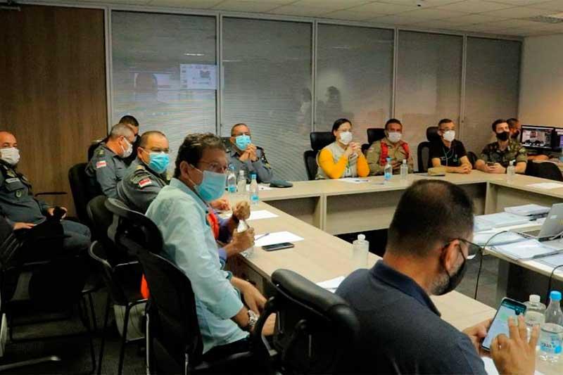 Reunião do governo do estado nesta sexta definiu estratégia de vacinação (Foto: Secom/Divulgação)
