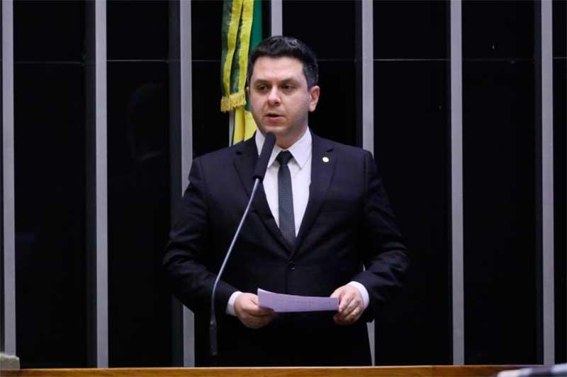 Deputado Tiago Dimas diz que processo é burocrático (Foto: Maryanna Oliveira/Agência Câmara)