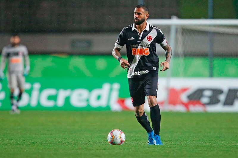 Leandro Castan foi expulso quase no final do jogo (Foto: Rafael Ribeiro/Vasco)