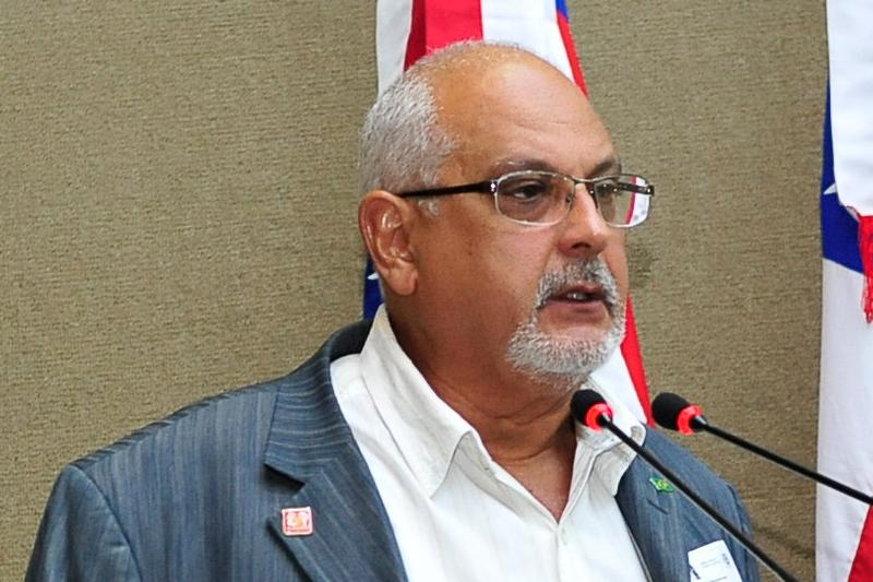 Presidente do Sindicato dos Médicos do Amazonas, Mário Vianna