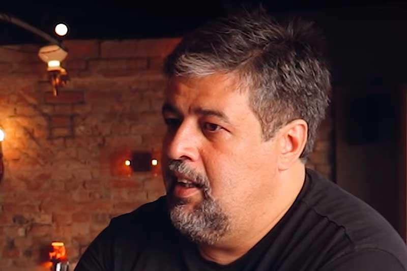 Pastor José Barbosa Junior ensina que Bíblia combate o capitalismo (Foto: YouTube/Reprodução)