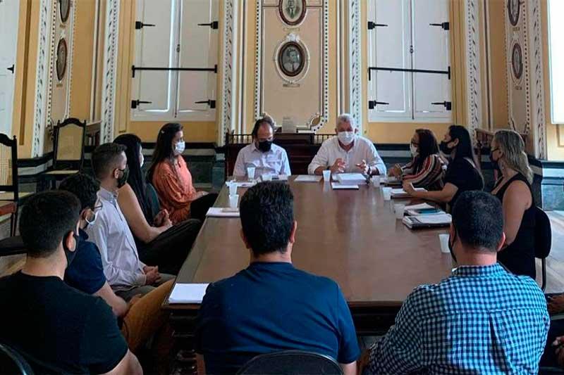 Técnicos da Manauscult e Cultura definirão ajuda aos artistas (Foto: Manauscult/Divulgação)