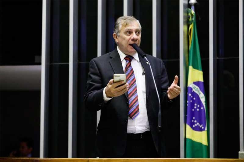 Deputado José Airton Félix Cirilo quer unificar prazos (Foto: Luís Macedo/Agência Câmara)