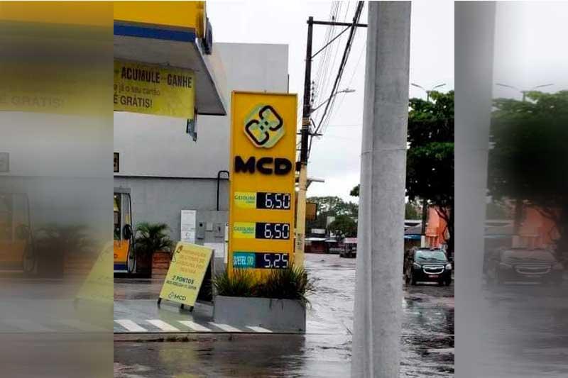 Posto de gasolina vende combustível a R$ 6,50 rm Parintins (Foto: DPE-AM/Divulgação)