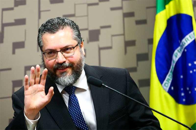 Sob pressão, Ernesto Araújo deixa Ministério das Relações Exteriores (Foto: Marcelo Camargo/ABr)