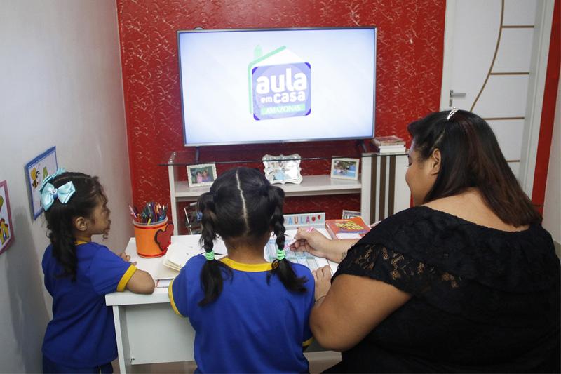 aula em casa pais