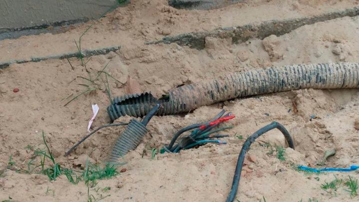 furto de cabos de energia elétrica na Ponta negra