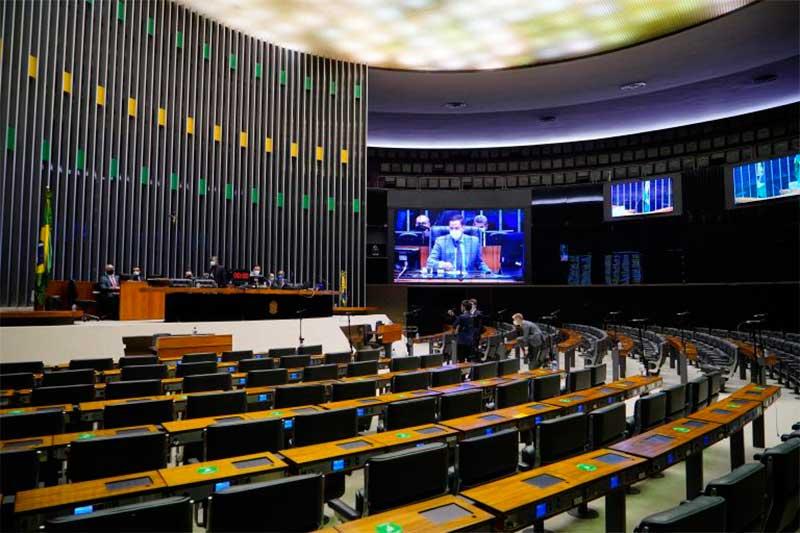 Plenário da Câmara: sem presença física dos deputados (Foto: Pablo Valadares/Agência Câmara)