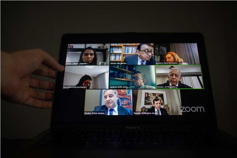 Desembargadores em sessão virtual mantiveram sentença de 1º grau (Foto: Raphael Alves/TJAM)