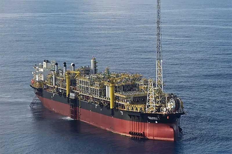 Navio plataforma no pré-sal: covid ameaça operações da Shell (Foto: Agência Petrobras)
