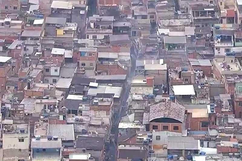 Favela do Jacarezinho: mortes ocorreram em vários pontos da comunidade (Foto: TV Globo/Reprodução)