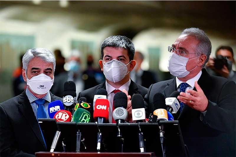 Humberto Costa, Randolfe e Renan Calheiros: turma da oposição (Foto: Leopoldo Silva/Agência Senado)