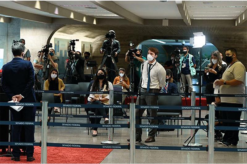 Jornalistas em cobertura no Congresso: profissionais ameaçados (Foto: Jefferson Rudy/Agência Senado)