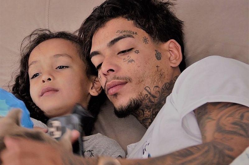 Herança de MC Kevin ficará para sua filha Soraya, diz mãe do cantor