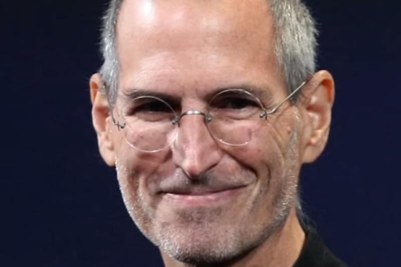 Steve Jobs não tinha apreço pela plataforma Facebook (Foto: YouTube/Reprodução)
