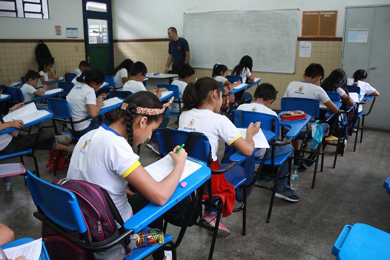 salas de aula alunos