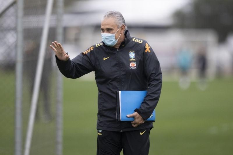 Tite convoca zagueiro do Bragantino para seleção (Foto:  Lucas Figueiredo/CBF)