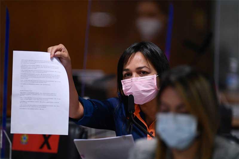 Eliziane Gama contestou ex-secretário sobre número de mortes (Foto: Edilson Rodrigues/Agência Senado)