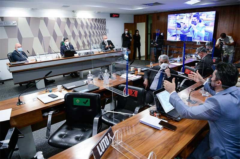 Senadores aprovam convocação de servidor do Ministério da Saúde (Foto: Najara Araújo/Agência Senado)
