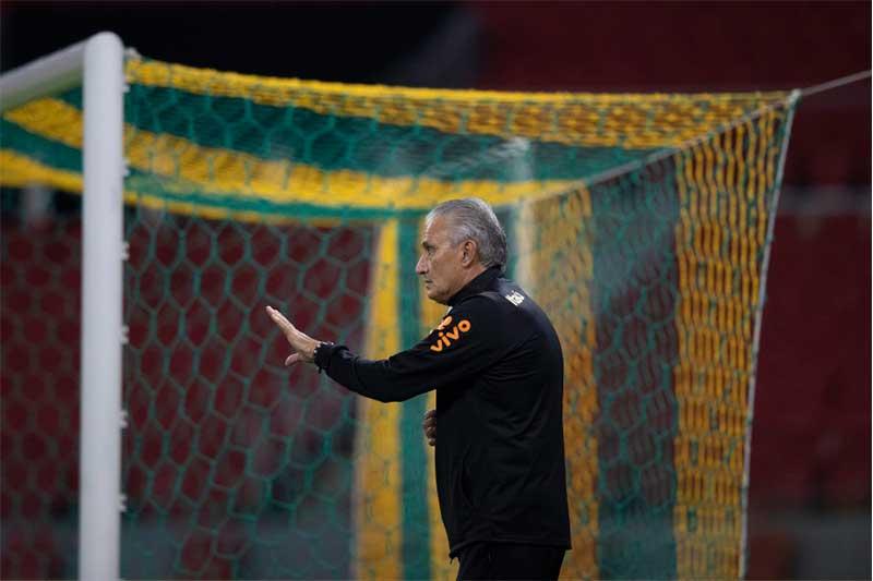 Técnico Tite se esquivou de perguntas sobre rejeição de jogadores (Foto: Lucas Figueiredo/CBF)