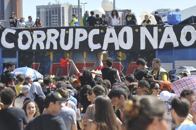 protesto corrupcao