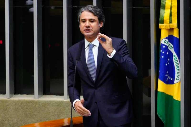 Deputado Fernando Monteiro é o relator da reforma (Foto: Pablo Valadares/Agência Câmara)