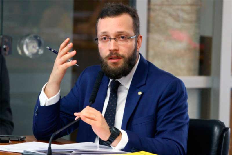 Deputado Filipe Barros é relator de projeto do voto impresso (Foto: Vinicius Loures/Agência Câmara)