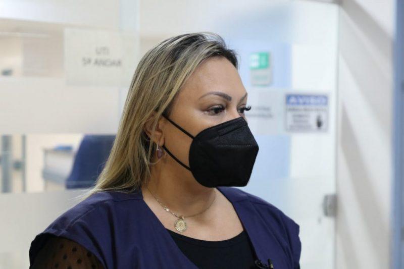 Diretora Júlia Fernanda Marques foi condenada e multada pelo TCE-AM (Foto: Arthur Castro/Secom)