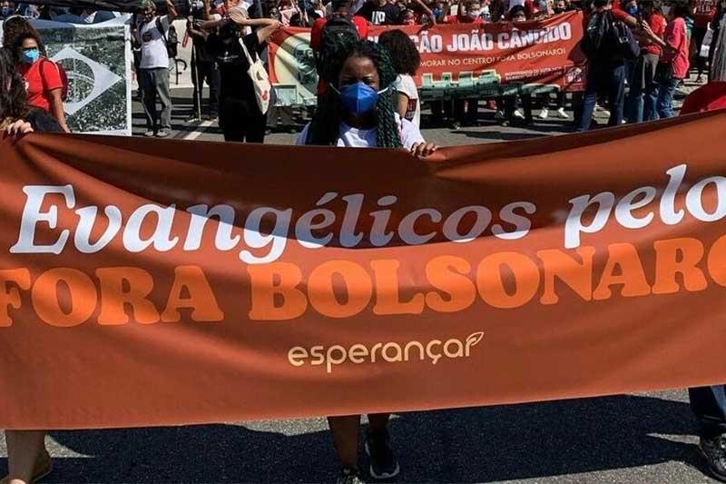 Evangélicos em manifestação contra Bolsonaro (Foto: Instagram/Esperançar)