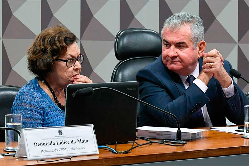 Relatora Lídice da Mata e presidente da CPI das Fake News Angelo Coronel: apoio à CPI da Covid (Foto: Marcos Oliveira/Agência Senado)